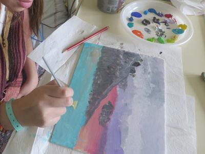 Séance de peinture avec Siham