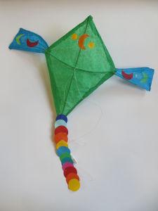 Cerf-volant en rotin et papier de soie