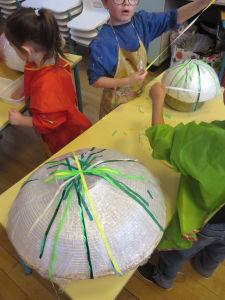 Créer une oeuvre collective à la maternelle
