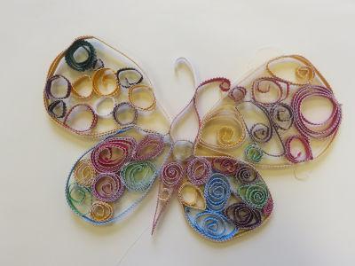 Papillon en carton ondulé