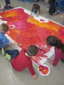 Peindre un fond avec des couleurs chaudes