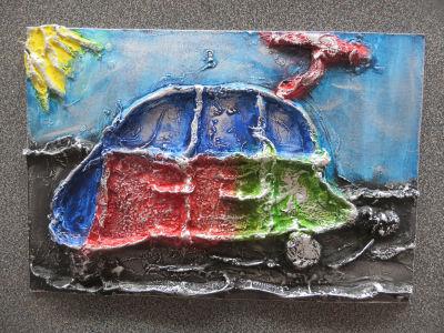 Plâtre, encres acryliques et cire argentée