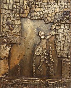 Bas-relief réalisé par un enfant  : Ulysse et la torche