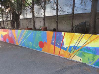 Fresque peinte par les enfants de l'école maternelle Immaculée Conception à Villeurbanne