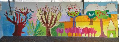 Etat de la fresque après 1 jour de travail avec les enfants
