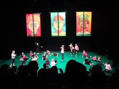 Spectacle de chant présenté par les enfants