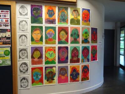 Hall d'entrée : portraits au pastel