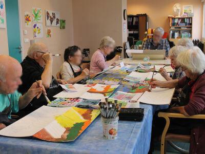 Atelier peinture à l'hôpital de Belleville