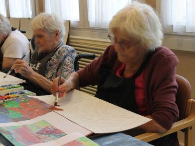 Ateliers artistques avec des personnes agées