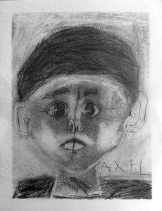 Autoportraits d'enfants au centre de loisir de Mably