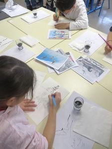 Atelier arts visuels à l'école