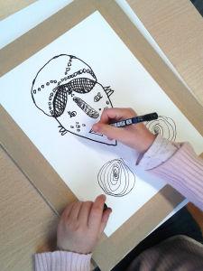 Masque africain dessiné par un enfant