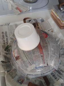 Un pot de crème pour le museau