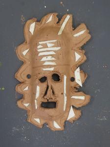 Masque inspiré des masques d'Océanie