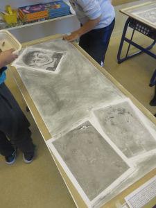 Grands dessins réalisés par les enfants