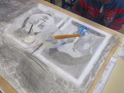 Dessin et collage sur le portrait