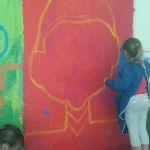 les enfants de GS/CP peignent les couleurs du portrait