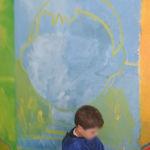 Peindre les portraits avec les enfants de GS/CP