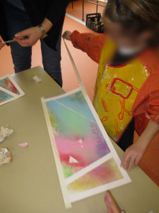 Ateliers artistiques avec les jeunes enfants
