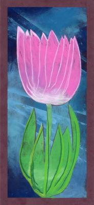 Tulipe rose sur fond bleu