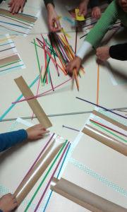 Choisir des bandelettes de papier coloré
