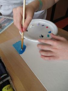 Peindre avec un pinceau