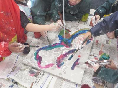 Créer avec du plâtre et de la peinture