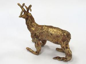Petite sculpture de cerf