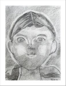 Autoportrait d'enfant au crayon